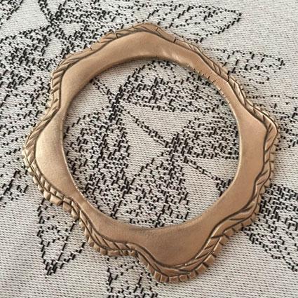 bronsarmbandkarva